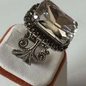 Sorrelli Vintage Clear Crystal Antique Silver Ring